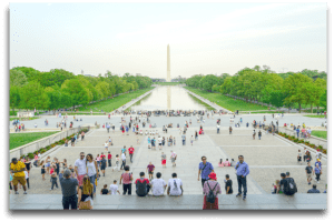 washington monument with tourists