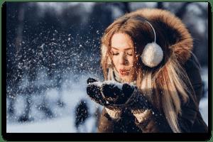 spirit news christmas pexels.com 300x200-min
